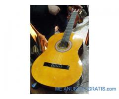 Guitarra XP por tan solo 45€.